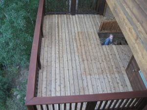 redwood deck in boulder, colorado before sealwize treatment